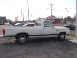 85 DODGE RAM PICKUP AUTOMATIC RUNS GREAT   1650.  TAX REFUND SPECIAL